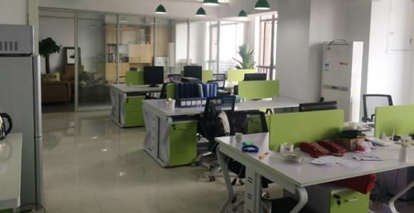 互联网企业办公室3.jpg